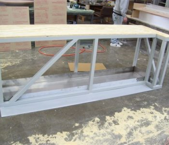 stand-with-stainless-steel-pan-and-steel-plate